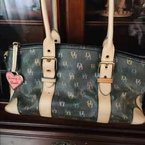 💯% Authentic Dooney & Bourke Purse
